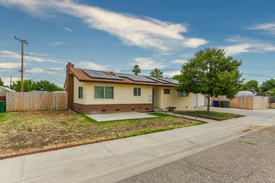 303 E WILLOW ST, Exeter, CA 93221 - Photo 2