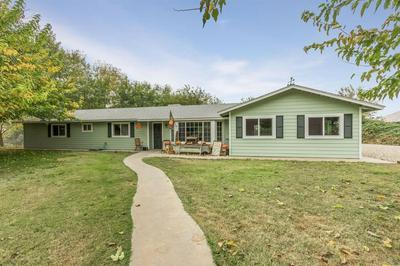4735 S ENGLEHART AVE, Reedley, CA 93654 - Photo 1