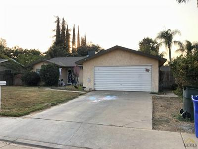 605 SALISBURY ST, Porterville, CA 93257 - Photo 1