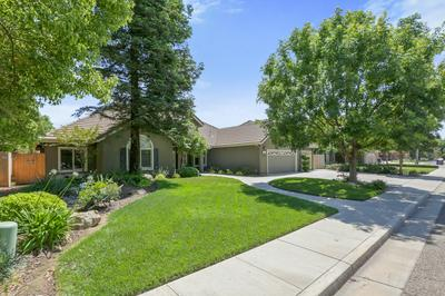 322 ATWOOD CT, Exeter, CA 93221 - Photo 2