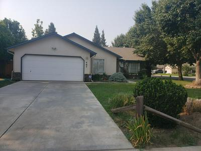467 TEDDY ST, Farmersville, CA 93223 - Photo 2