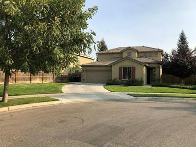 3109 W CLINTON CT, Visalia, CA 93291 - Photo 2
