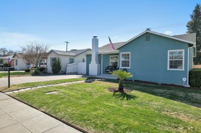 867 E APRICOT AVE, Tulare, CA 93274 - Photo 2