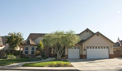 142 OLD LINE CT, Exeter, CA 93221 - Photo 2