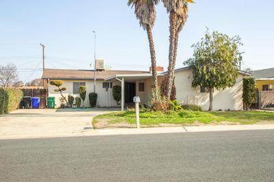 1086 N COBB ST, Porterville, CA 93257 - Photo 1