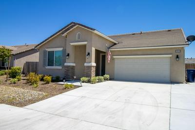 3053 BORA AVE, Tulare, CA 93274 - Photo 2