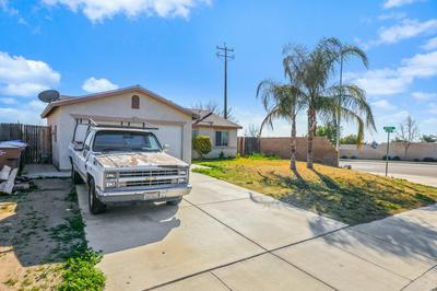 8917 MOOSE CREEK CT, Bakersfield, CA 93306 - Photo 2