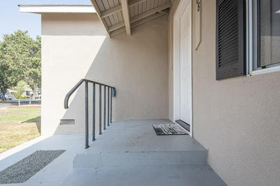 508 N MANOR ST, Tulare, CA 93274 - Photo 2