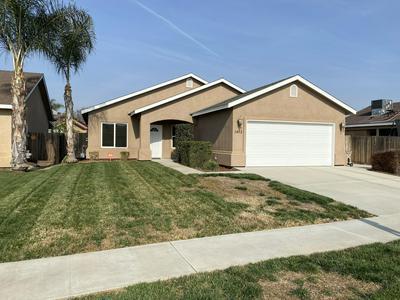 1412 W SONORA AVE, Tulare, CA 93274 - Photo 2