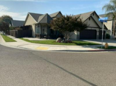 2789 KELTY MEADOW AVE, Tulare, CA 93274 - Photo 2