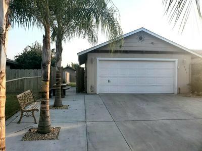 925 W HAROLD ST, Farmersville, CA 93223 - Photo 2