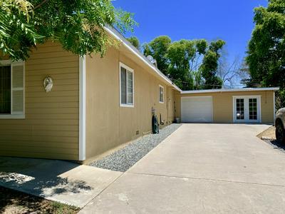 32243 FAIRWAY DR, Springville, CA 93265 - Photo 2