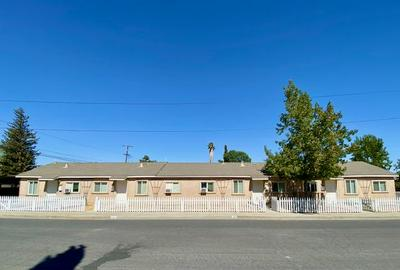 406 BAKER ST, Coalinga, CA 93210 - Photo 2
