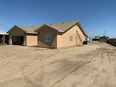 550 E ADDIE AVE, Tulare, CA 93274 - Photo 2