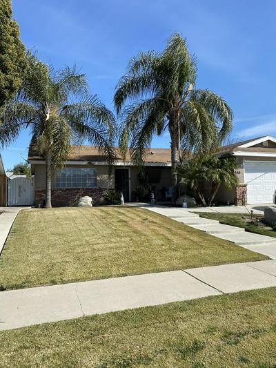 448 S SPRUCE ST, Tulare, CA 93274 - Photo 2