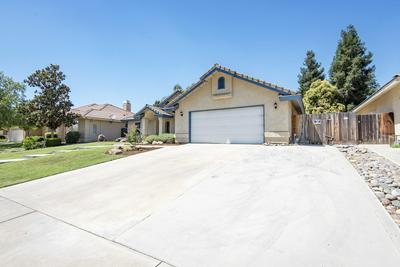 4722 W LA VIDA AVE, Visalia, CA 93277 - Photo 2