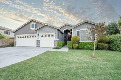 4147 S GARDEN ST, Visalia, CA 93277 - Photo 1