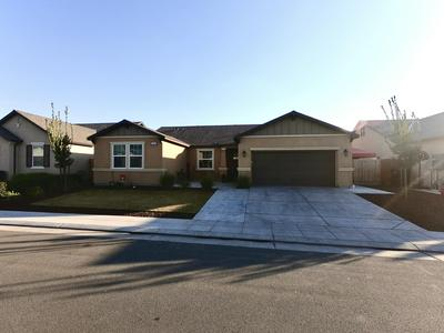 3355 SPRING SAILS AVE, Tulare, CA 93274 - Photo 1