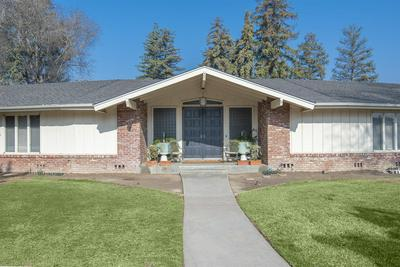 598 E CHEVY CHASE DR, Tulare, CA 93274 - Photo 2