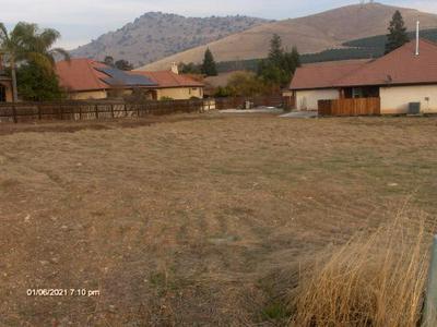 JASMINE, Porterville, CA 93257 - Photo 2