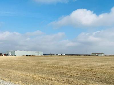 17094 KANSAS AVE, Lemoore, CA 93245 - Photo 1