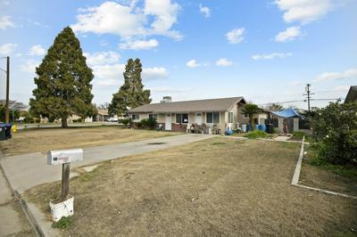 212 S THOMPSON RD, Tipton, CA 93272 - Photo 2