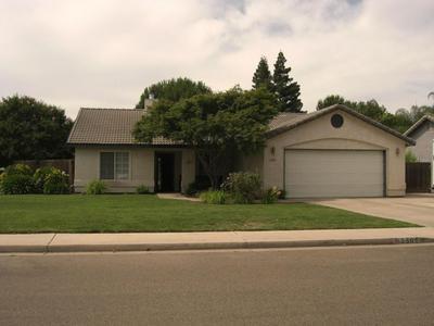2501 W ELOWIN AVE, Visalia, CA 93291 - Photo 1