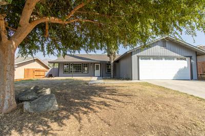 482 SUNWOOD ST, Porterville, CA 93257 - Photo 1