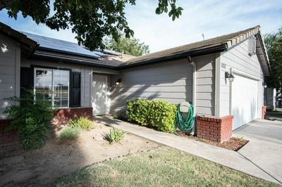 1052 N ELDERWOOD ST, Porterville, CA 93257 - Photo 2