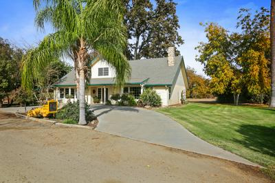 2327 N ANDERSON RD, Exeter, CA 93221 - Photo 2