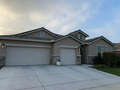 539 MONTANA DE ORO ST, Tulare, CA 93274 - Photo 1