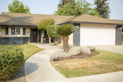 577 MATHEW ST, Porterville, CA 93257 - Photo 2
