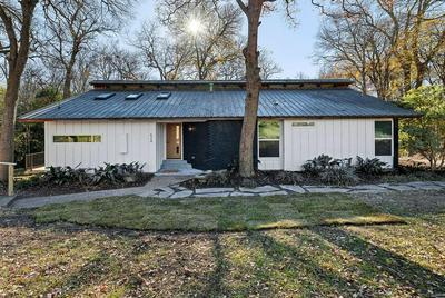 624 WHITE OAK DR, Woodway, TX 76712 - Photo 1