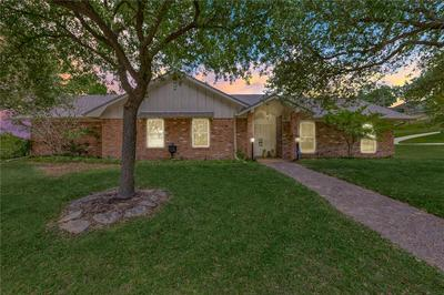 1199 WESTERN OAKS DR, Woodway, TX 76712 - Photo 1