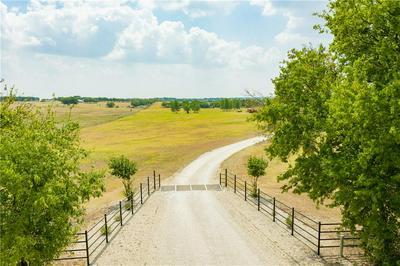 313 WOLF CREEK RD, Lorena, TX 76655 - Photo 2