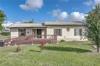 751 HWY 320, Lott, TX 76656 - Photo 2