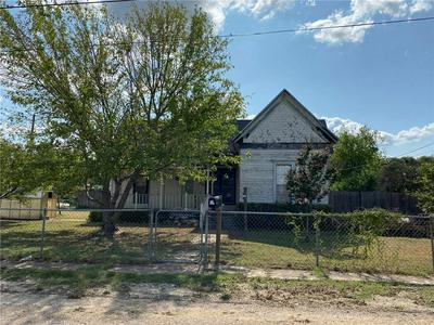 328 TAFT ST, McGregor, TX 76657 - Photo 1