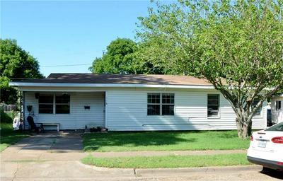 116 AUSTIN ST, McGregor, TX 76657 - Photo 1