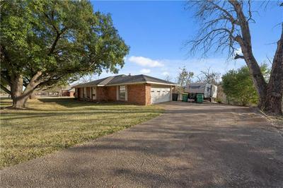 509 KRISTI ST, Robinson, TX 76706 - Photo 2