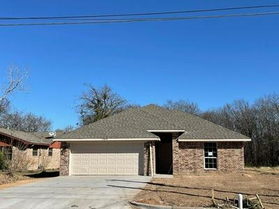 305 N WALNUT ST, Lacy Lakeview, TX 76705 - Photo 1