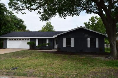 5112 LOCH LOMOND DR, Waco, TX 76710 - Photo 1