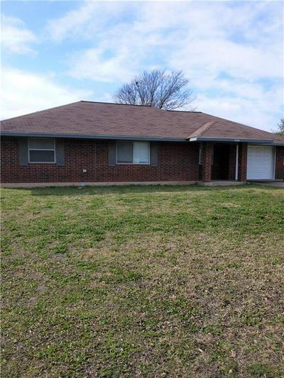 1013 S MADISON ST, McGregor, TX 76657 - Photo 1