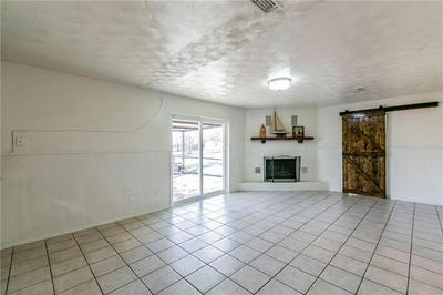 4708 COUNTRY AIRE DR, Waco, TX 76708 - Photo 2