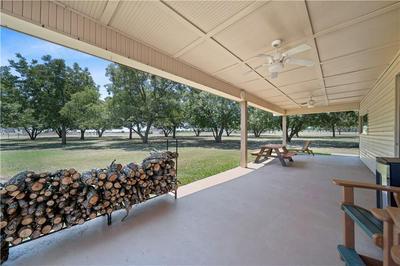 728 WILLOW GROVE RD, Waco, TX 76712 - Photo 2