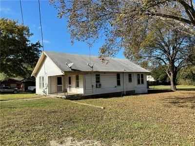 803 E AVENUE A, Valley Mills, TX 76689 - Photo 1