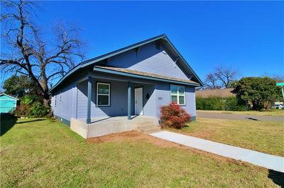 2201 MCKENZIE AVE, Waco, TX 76708 - Photo 2