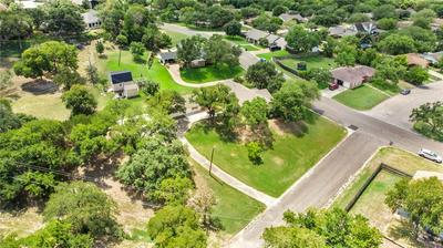 1199 WESTERN OAKS DR, Woodway, TX 76712 - Photo 2