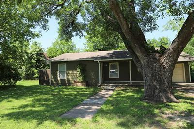 305 S 4TH ST, Rosebud, TX 76570 - Photo 1