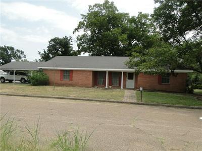 400 S 2ND ST, Wortham, TX 76693 - Photo 1