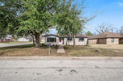 300 LUX DR, Robinson, TX 76706 - Photo 2